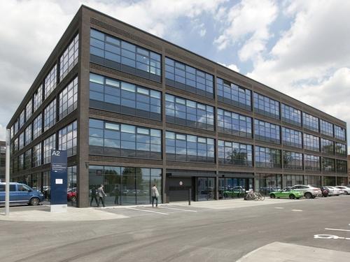 IBM inovační centrum v technologickém parku Ponávka, Brno: protipožární dveře, interiérová prosklení – sklo POLFLAM® třídy EI 30.