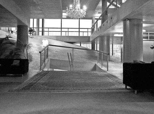 Vstupní prostory sídla VPRO vHilversumu (MVRDV);  foto: Valéry Didelon, 2007.