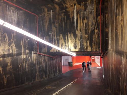 Podzemní garáže originálně vyzdobil umělec Patrik Hábl.