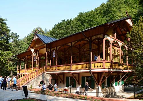 Tančírna vRačím údolí; foto: Petr Štefek, Wikimedia Commons.