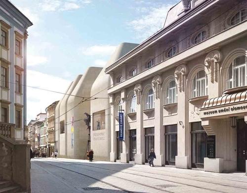 Architektonická studie Středoevropského fóra Olomouc (SEFO) architekta Jana Šépky; stavba má vyplnit proluku vhistorickém jádru města na místě pěti zmizelých domů; zdroj: Šépka architekti.