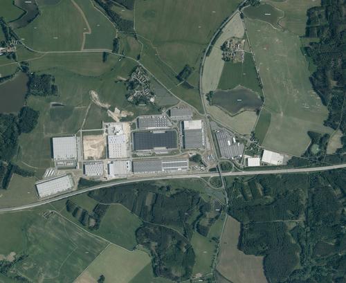 Ortofoto zroku 2019 stéměř dokončenou strukturou logistického centra, dnes CTPark Bor; zdroj: Geoportál ČZÚK.