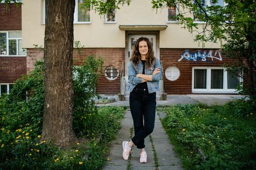 Barbora Kudelová; photo: Tomáš Hejzlar.