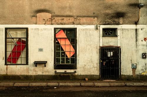 Výstavní výlohy v Liberci; foto: Dominik Bokr.
