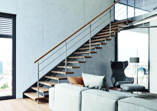 Třmenové schodiště EFEKT s nerezovým zábradlím; zdroj: JAP FUTURE.